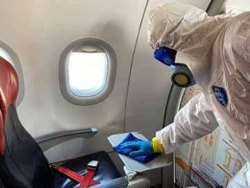 ทำความสะอาดภายในเครื่องบิน